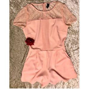 ⚜️5/$30⚜️ 🍑Peachy-Pink Shorts Romper!